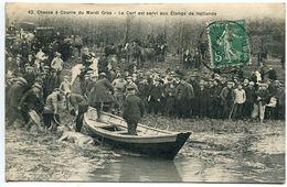 CPA 1913 - Forêt RAMBOUILLET Chasse Courre Du Mardi Gras Le Cerf Est Servi Aux Etangs De Hollande ( Barque ) - Rambouillet