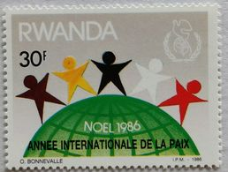 030. RWANDA (30F) 1986 STAMP INTERNATIONAL YEAR OF PEACE  .MNH - 1980-89: Neufs