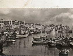 Port  En  Bessin -   Les  Bassins. - France