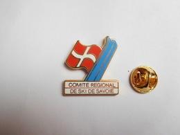 Superbe Pin's En Zamac , JO Jeux Olympiques Albertville 92 , Comité Régional De Ski De Savoie , Signé Starpin's - Olympic Games