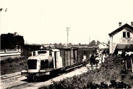 Chateau La Vallière * La Gare * Train Du Comice Agricole * Ligne Chemin De Fer Indre Et Loire - Other Municipalities