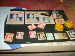 Tintin  Pochette D'ancien Points   G - Figurines En Plastique