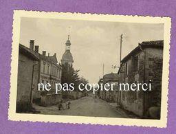 MAIZIERES LES JOINVILLE - La Mairie Et L' église Pendant L' Occupation Allemande - TRES RARE - France