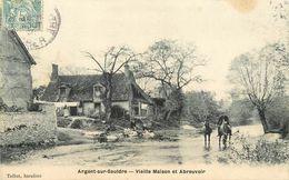 18 ARGENT - VIEILLE MAISON ET ABREUVOIR - Argent-sur-Sauldre