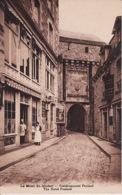 313557Le Mont St Michel, Etablissements Poulard - Le Mont Saint Michel