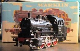 Marklin HO. Très Belle Locomotive N° 3000. En Parfait état De Fonctionnement Et Testée. Avec Boite D'origine - Locomotives