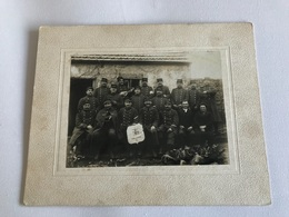 PHOTO Grand Format - Soldats & Gradés Du 17e Bataillon De Chasseurs à Pied Chez L'Habitant «A LA MIETTEE VOSGIENNE» - War, Military