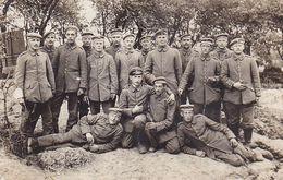AK Foto Gruppe Deutsche Soldaten - Feldpost 8. Kp. L. 81 - 1916 (51062) - Guerra 1914-18