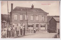 BROSVILLE (27) : UN CAFE DU VILLAGE - PUBLICITE BYRRH - HABITANTS DANS LA GRANDE RUE - CLICHE PEU COURANT ? - 2 SCANS - - France