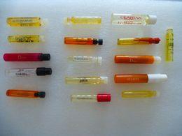 PARFUMS (ECHANTILLON) : LOT De 16 Tubes Sans Les Cartes - Marques Différentes - Muestras De Perfumes (testers)