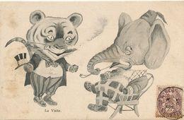 Human Elephant Chatting With Cat Or Tiger . Animaux Humains . Humanized Animals - Elefantes