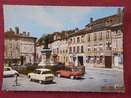 CPSM GF - Saint-Mihiel - La Place Ligier-Rigier - Saint Mihiel