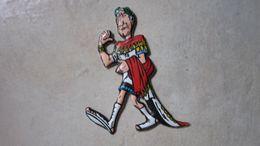 ASTERIX DECOUPE EN MOUSSE CESAR   UDERZO - Asterix