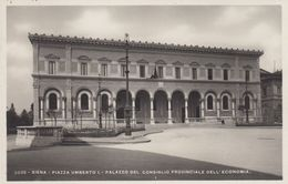 RP: SIENA , Toscana , Italy , 1900-10s , Piazza Umberto I - Siena