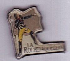 R74 Pin's La Rochejaquelein Henri Du Vergier Général Chouan Armée Vendée Achat Immédiat - Personajes Célebres