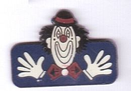 R67 Pin's Cirque Clown Achat Immédiat - Personajes Célebres