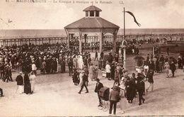 59734Malo Les Bains Le Kiosque à Musique Et La Rotonde81Circulée 1927 - Malo Les Bains