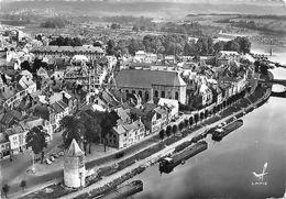 France Givet Ardennes Tour Victoire L'Eglise L'Hotel De Ville Douane Des Bateaux - Altri
