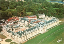CPM 60 (Oise) Chantilly - Vue Aérienne Des Grandes Ecuries TBE Chevaux, équitation, Hippisme - Chantilly