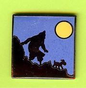 Pin's BD Tintin Milou Lune - 1F23 - BD