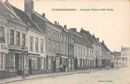France Steenvoorde, Steenwoorde - Grande Place (cote Sud) Boulangerie - France