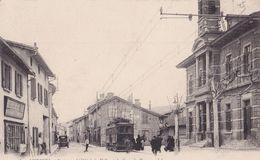 MIRIBEL  L' Hotel De Ville Et La Grande Rue ( Plan Animé Dont Tramway ) - Autres Communes