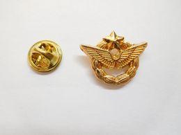 Beau Pin's En Relief , Aviation , Insigne Armée De L'Air , Non Signé - Avions