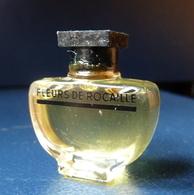 Miniature De Parfum  - Fleurs De Rocaille - Réf, A 04 - Modern Miniaturen (vanaf 1961)