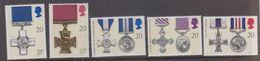 Great Britain 1990 George Cross 5v ** Mlnh (48307) - 1952-.... (Elizabeth II)