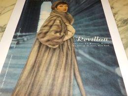 ANCIENNE PUBLICITE FOURRURE REVILLON 1958 - Vintage Clothes & Linen