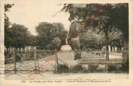 85.  LA ROCHE SUR YON .  Jardin Du Presbytère Et MOnument Aux MOrts . - La Roche Sur Yon