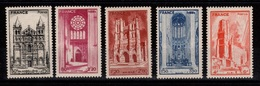 Cathedrales YV 663 à 667 N* (infime Trace) Cote 3,50 Euros - Unused Stamps