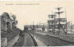 NANTES : LES ROCHERS DE L'HERMITAGE ET LE PORT - Nantes