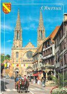 67 - Obernai - Le Puits Aux Six Seaux - Au Fond, L'église Saint Pierre Et Saint Paul - Obernai