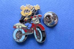 Pin's,BD,OURS SUR MOTO,TEDDY - BD