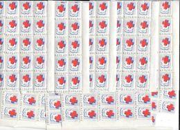 9 BLOCS Soit 179 Vignettes Numérotées   (180 - 1)     LA CROIX ROUGE   1971   -    Gomme Brillante Présente   (G52 - Commemorative Labels