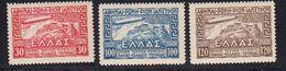 Grece 1933 Poste Aerienne Yvert 5 / 7 ** Neufs Sans Charniere. Zeppelin Survolant L'Acropole. - Griechenland