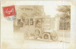VOITURE A IDENTIFIER - Carte Photo Glacée - Chauffeur Et Homme Avec Une Barbe Et Un Chapeau - Passenger Cars