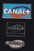 65740-Lot De 3 Pin's-Télévision.médias.Canal+ - Médias
