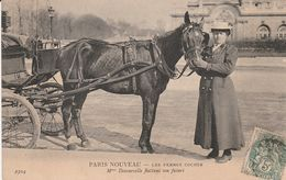 Paris Nouveau  Madame Decourcelle - Petits Métiers à Paris