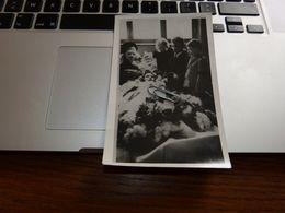 BC6-2-55-2 Carte Photo Enfant  ? Maman ? Dans Son Cercueil Entouré De Ses Frères Et Soeur Post-mortem - Feiern & Feste