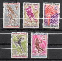 1968 -- Tps N° 1543 à 1547 ( 5 Valeurs)--Jeux Olympiques D'Hiver-Grenoble- NEUFS ** --gomme Intacte--cote 3.00€  ....... - France