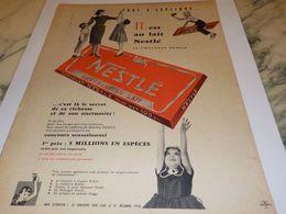 ANCIENNE PUBLICITE IL EST AU LAIT CHOCOLAT  NESTLE 1958 - Affiches