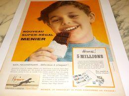 ANCIENNE PUBLICITE  NOUVEAU SUPER REGAL  CHOCOLAT MENIER  1958 - Affiches
