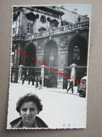 France / Lion - Building, People, ... - Objetos
