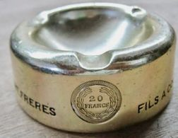 CENDRIER FILS A COUDRE W.F. FILS LOUIS D'OR 20 FRANCS WALLAERT FRERES - Vestiti & Biancheria D'epoca