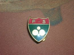 Insigne De Boutonnière émaillée PS Club De Pétanque Jeu De Boules Par Moutereau Bon Etat - Bocce