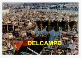 DF / BATEAUX DE PÊCHE À L'ABRIS DE LA TEMPÊTE DANS LE PORT DE CONCARNEAU - Pêche
