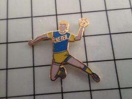 415b Pin's Pins / Rare & Belle Qualité !!! THEME : SPORTS / HANDBALL EQUIPE MASCULINE CRETEIL - Handball