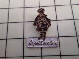 415b Pin's Pins / Rare & Belle Qualité !!! THEME : ALIMENTATION / GATEAU BISCUIT LE PETIT ECOLIER DE LU Par MONOLITHE - Alimentation